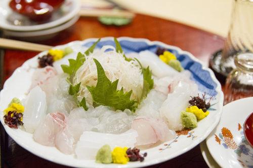 料亭春海の卓袱料理(お刺身)