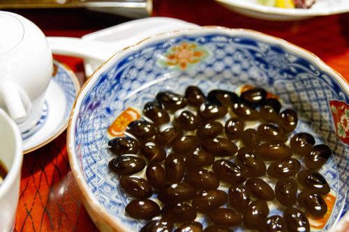 料亭春海の卓袱料理(黒豆)